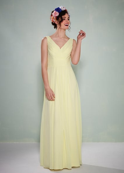 Angie - Chiffon dress with pleated bodice an V-neck